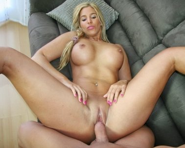 Carol Ferrer Loves Anal Sex
